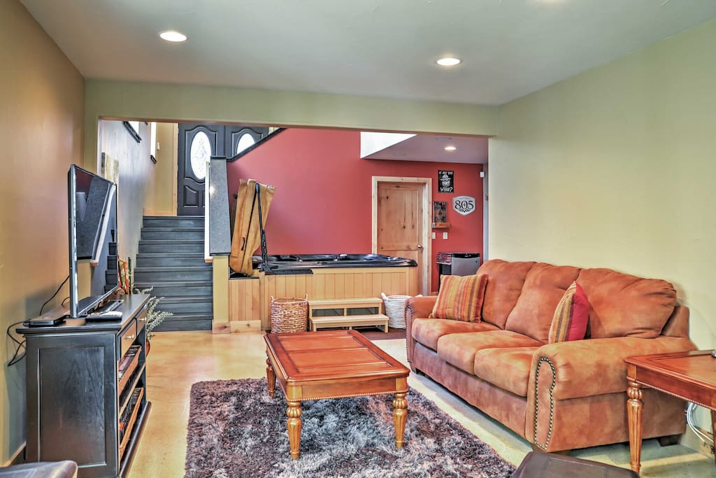 Up to 12 guests can stay at this spacious home!