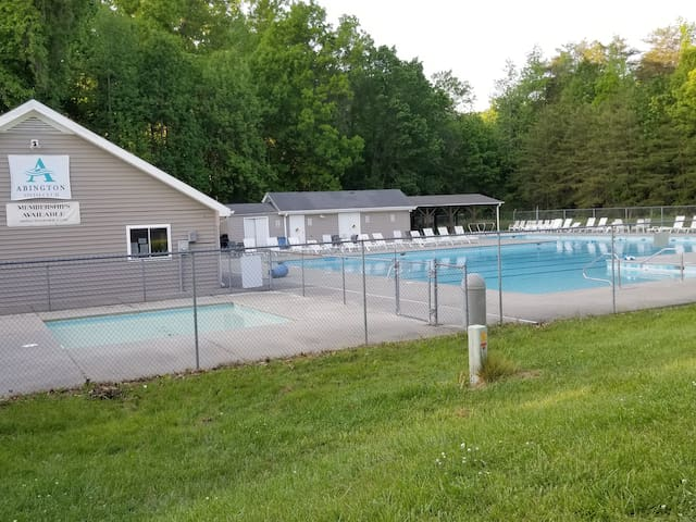 Kernersville Winston Greensboro Convience Hot tub