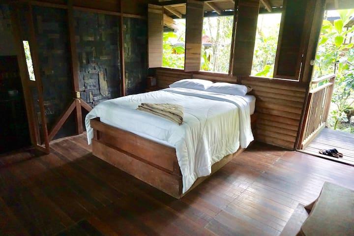 Choiba Bungalow - Ritmo del Rio Jungle Eco-Lodge