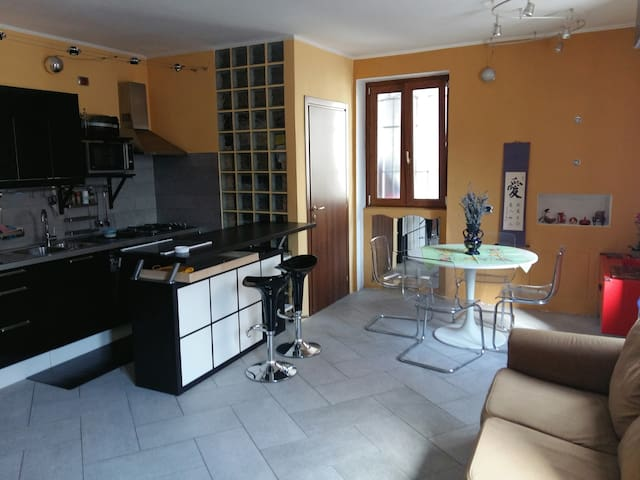 Casa Lorenzo - Mandello del Lario - Casa