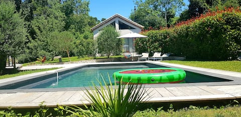 Beautiful house, swimming pool, optional sauna