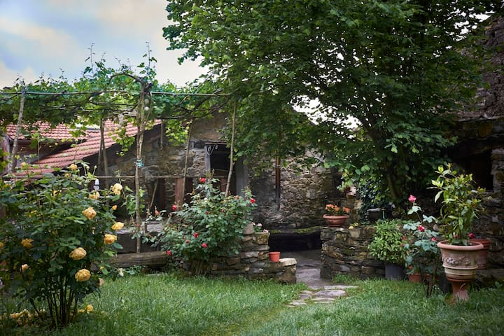 Tuscany Charme relax near 5 terre A