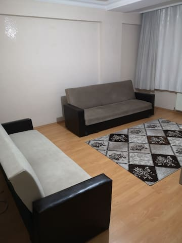 Clean Home In The Center Merkezi Konumda Temiz Ev