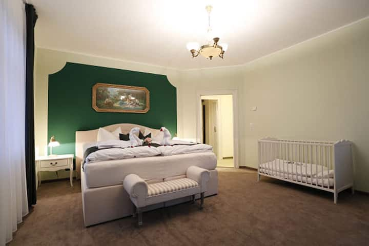 Familienzimmer in der Villa Hierschel (Zimmer 4&5)