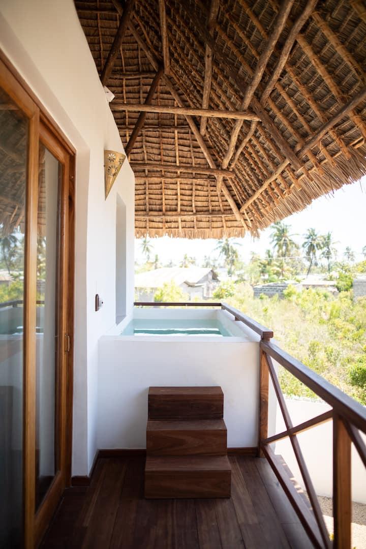 Aluna Nungwi - Jacuzzi Pool View