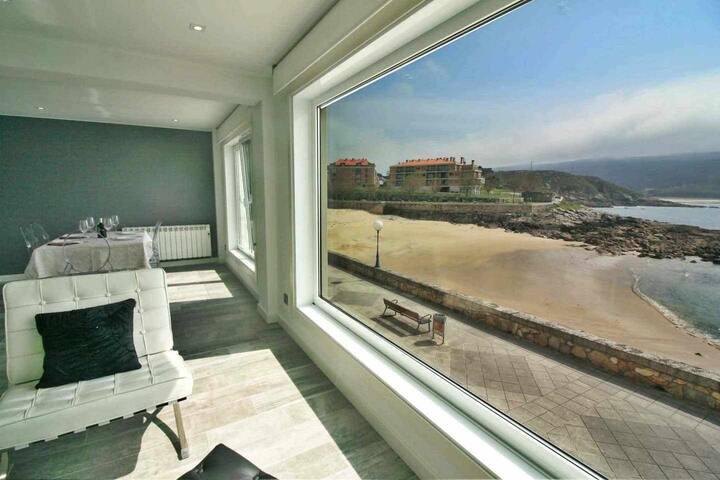 Ref. 12037 Moderno apartamento con impresionantes vistas.