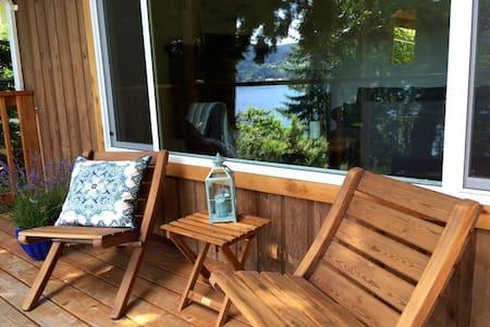 Sea Glass Cottage - Salt Spring Island - Cottage