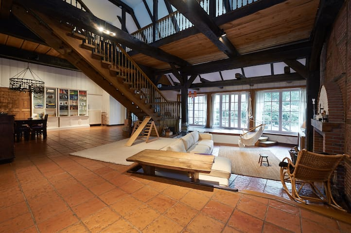 520 sqm luxury villa 30min from Hamburg- sleeps 22 - Seester - House