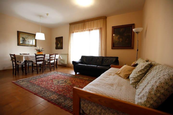 Appartamento POSIZIONE STRATEGICA - Montecatini Terme - Lägenhet