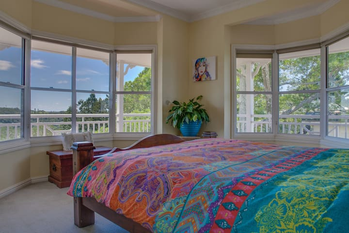 Master Bedroom with King size Bed & incredible views
