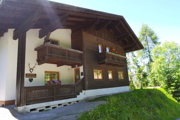 Ferienhaus Waldfrieden - Kartitsch - House