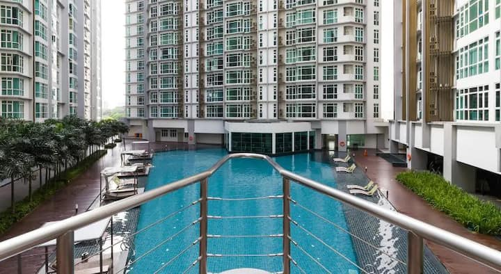 Central Residence,SG Besi@Near TBS, Free Wifi