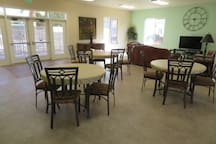 Chair,Furniture,Restaurant,Dining Table,Table
