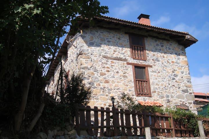 Apartamento la Herradura - Eirós - Huoneisto