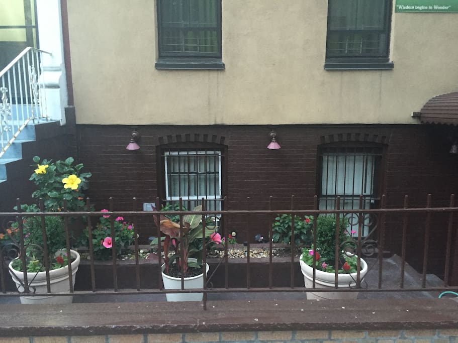 One Bedroom Apartment In Townhouse Apartments For Rent In Bronx New York United States