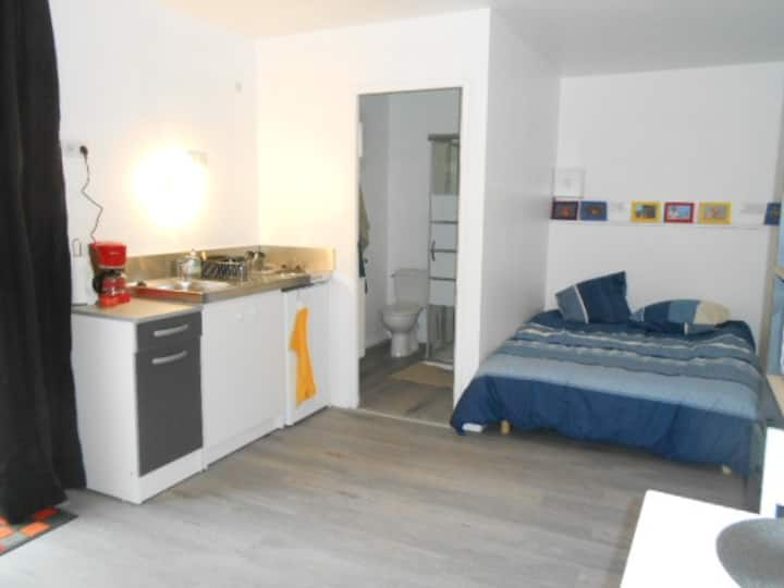 CHAMBRE STUDIO INDIVIDUELLE