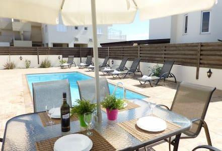 Villa Stephania Nissi Golden Sands 10