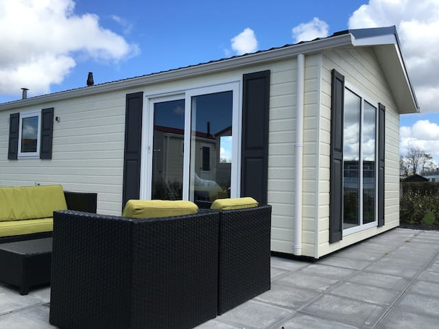 Modern chalet direct aan zee - Biggekerke