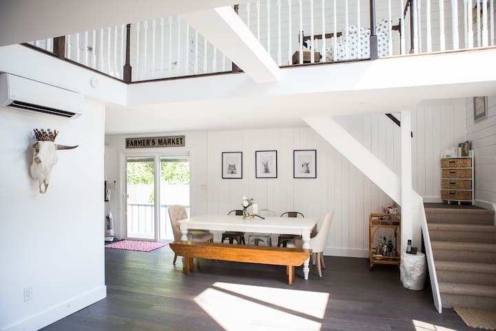 Lofty Southampton Beach Farmhouse - Southampton - Rumah