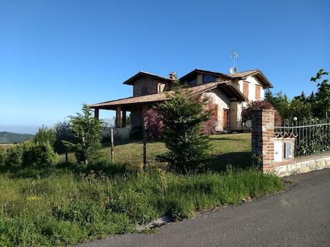 Panoramic villa with pool
