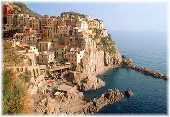 La Spezia, Le Cinque Terre patrimonio dell'UNESCO. - La Spezia - Lejlighed