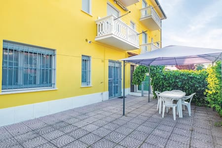 Holiday apartment with 2 bedrooms on 40m² in Lido delle Nazioni FE