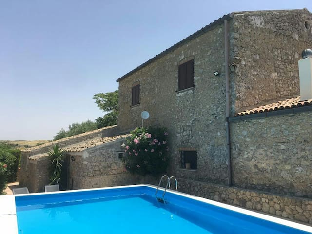 Casale Relax  indipendente centro Sicilia.