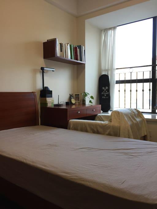 你的卧室,不同床罩的样子。