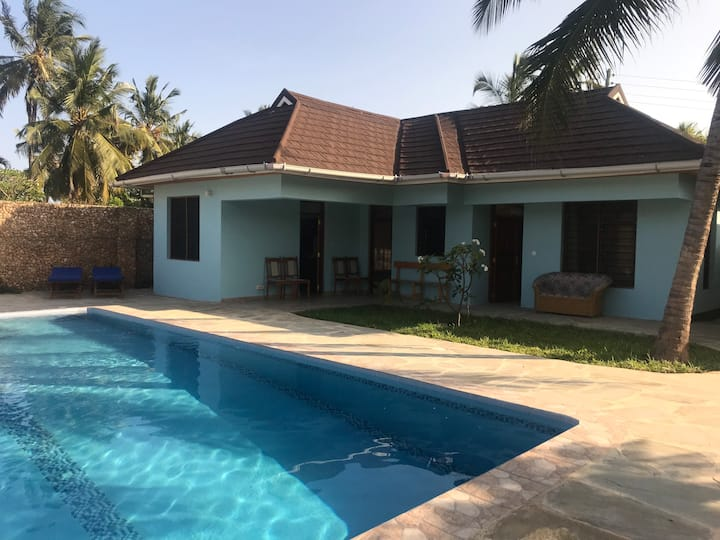 House Benita with nice pool in quiet surrounding.