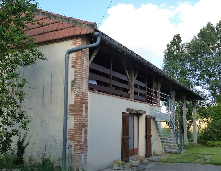 Une grange au coeur du Gers, proche d'Auch