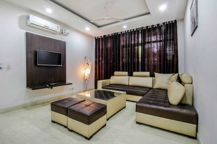 3 ROOMS FOR CORPORATE OR FAMILY
