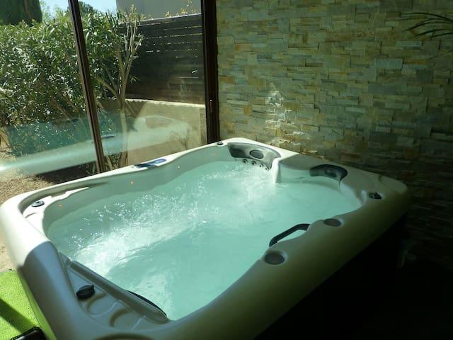 maison avec spa  pour 4 personnes en Provence - Cabrières-d'Avignon