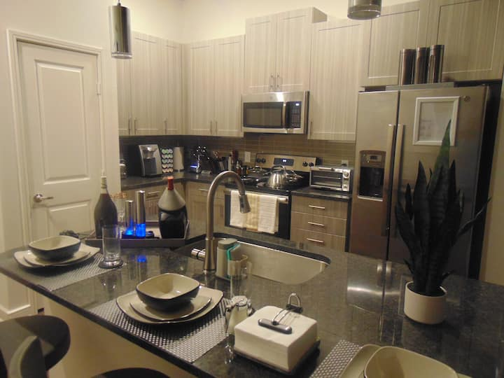 Near Galleria mall. Exquisite location.1 bed/1bath