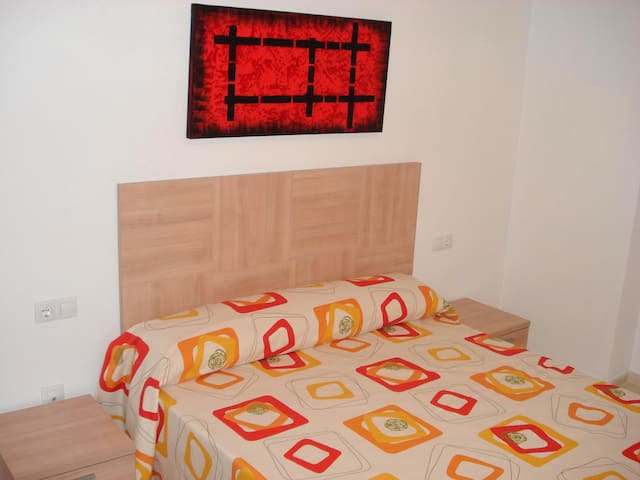 LOS SAUCES 3 BEDROOM 4 PEOPLE - Godella - Flat