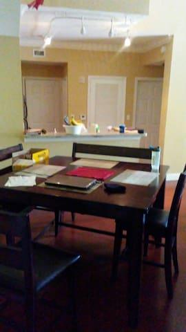 Master Suite in beautiful condo - Delray Beach - Lägenhet