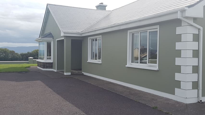 3 Double Bed House, Dirtane, Ballyheigue