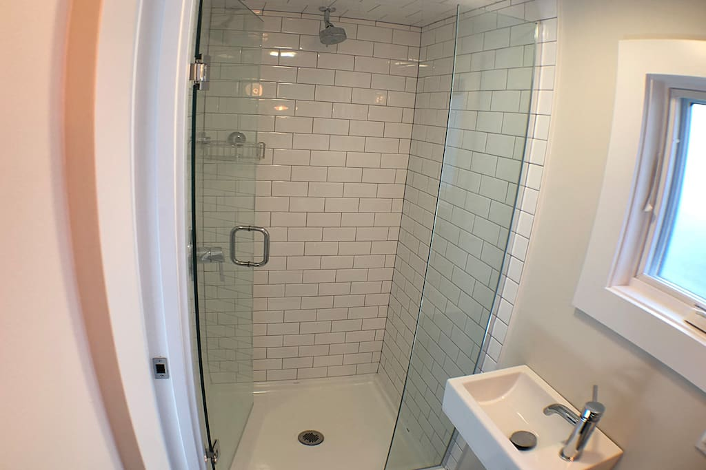 Full-size shower