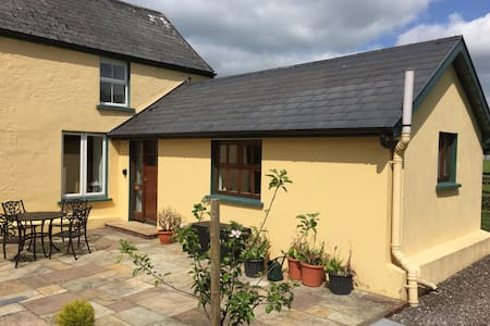 Delightful Studio Apartment - Coachford - Pis