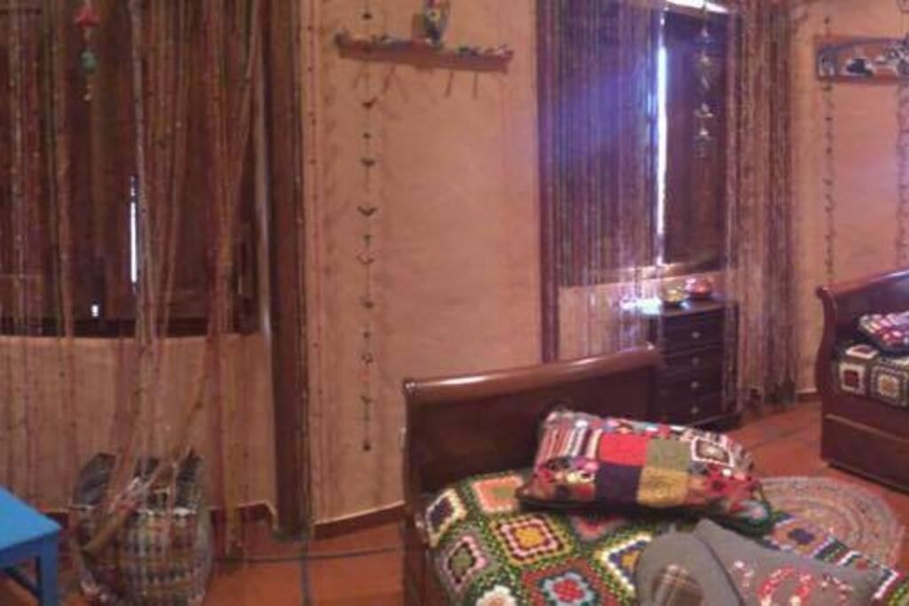 2º quarto c/2 camas com gavetões de solteiro (Total de 4 camas)