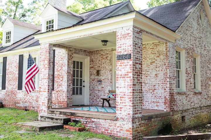 The Charming Capital Cottage—Near Downtown&ASU