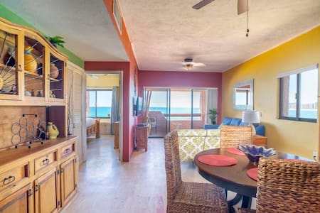 Tastefully updated*Ocean View*Beach Front*NEW AC