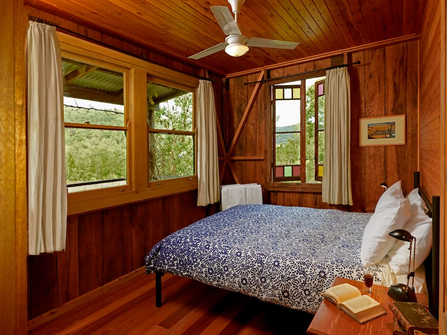 Wake up to birdsong, overlooking the vineyards and valley below