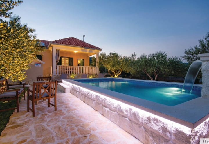 Holiday  House Trogir OLIVE CASA