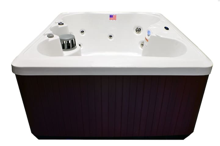 4 person Hot Tub Added 11/22/16