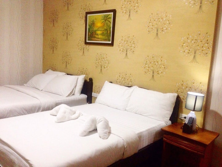 HRSS Hotel (Family Room 8) in Mati