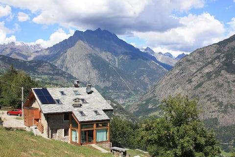 Terra Alpina. Apartamento 3. Fantásticas vistas alpinas.