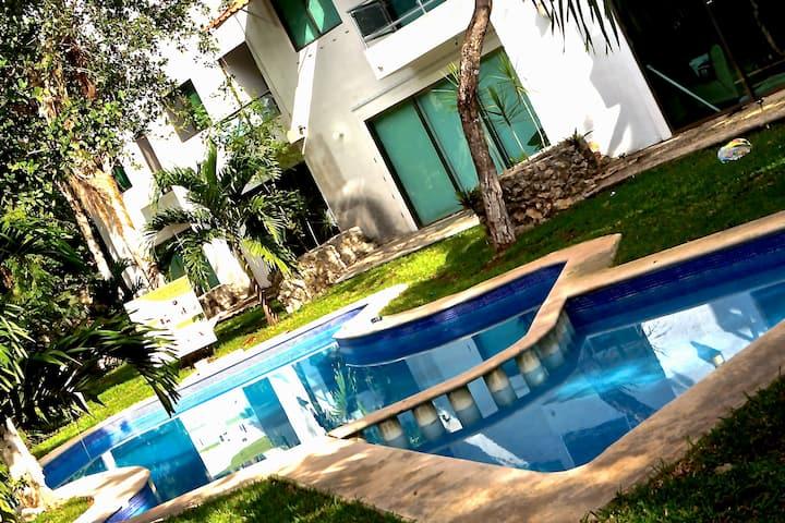 Villa in Playa del Carmen to 20pax by EspacioYocte