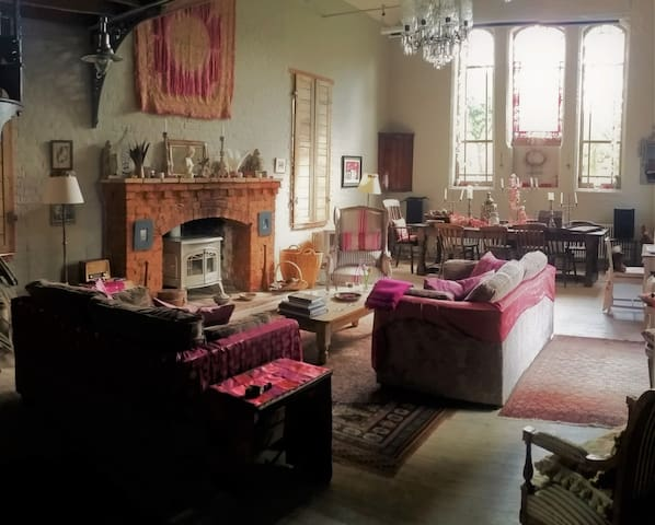The Old Chapel - enchanting rural family retreat