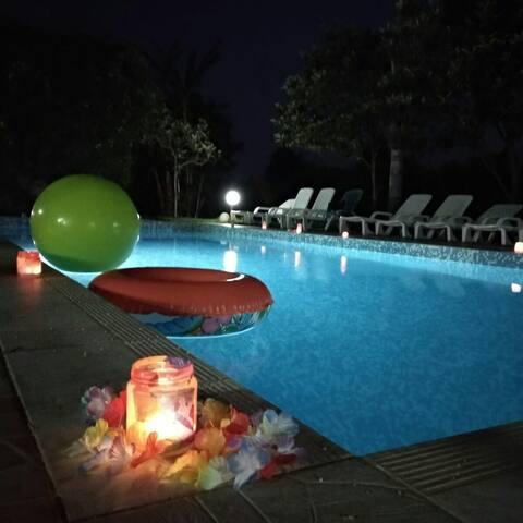 """villa rustica """"Rosa dei venti"""" piscina."""