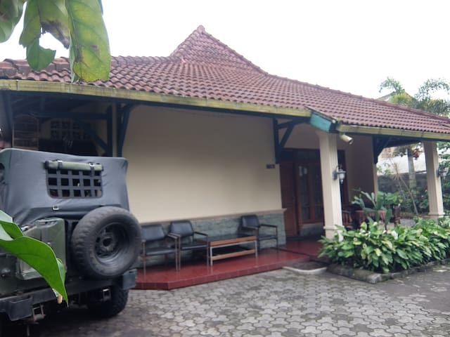 Villa Near merapi kaliurang